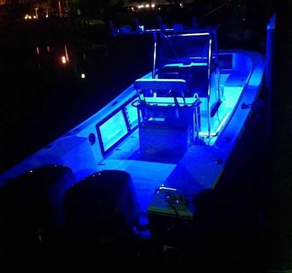 mako boat with blue deck lights underwater lights usa. Black Bedroom Furniture Sets. Home Design Ideas