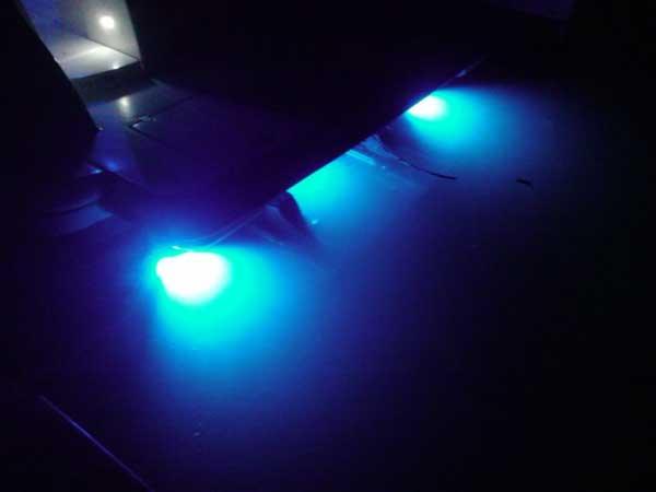 3 underwater led lights