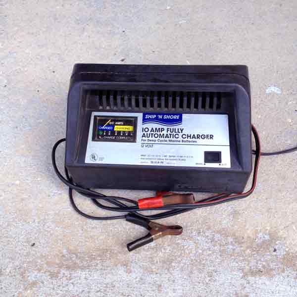 Marine Battery Charger And Monitor : Buyers guide marine battery charger underwater lights usa